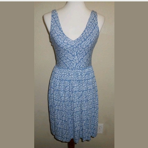 SP Ann Taylor LOFT Blue Print Stretch Midi Dress